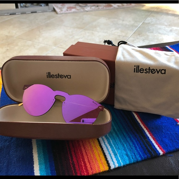 illsteva Accessories   Never Worn Sunglasses   Poshmark 9f83a60062